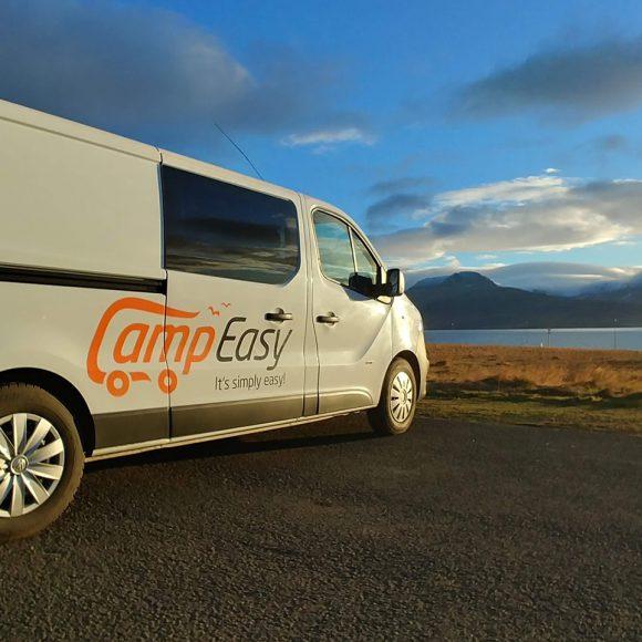 Esplorare l'Islanda a bordo di un campervan